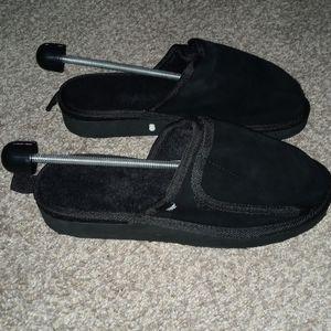 Brand new w/box conair massaging/heat slippers